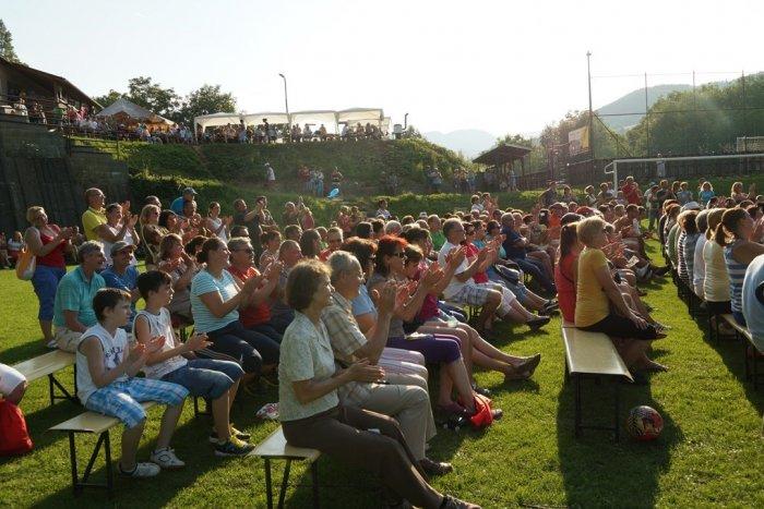 Ilustračný obrázok k článku Obec pri Bystrici sa môže pochváliť krásnym prvenstvom: Stala sa NAJ dedinkou roka