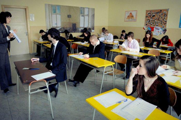 Ilustračný obrázok k článku Ako dopadli maturity na bystrických školách   Pozrite si rebríčky podľa predmetov 01924111b98
